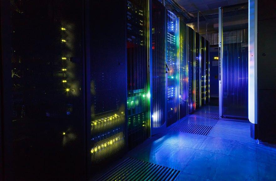 19_01_09_data center.jpg