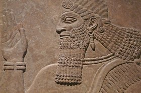 sumerian assyrian wall carving british museum