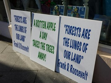apple protest athenry