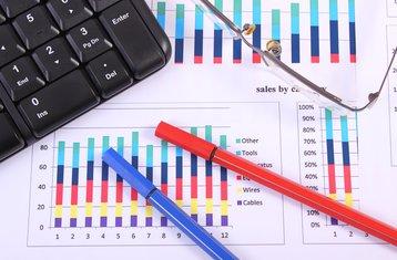 cost calculation spreadsheet finance tco design thinkstock photos ratmaner