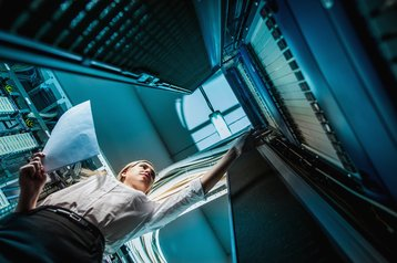 staff woman person in data center people health and safety thinkstock photos agnormark